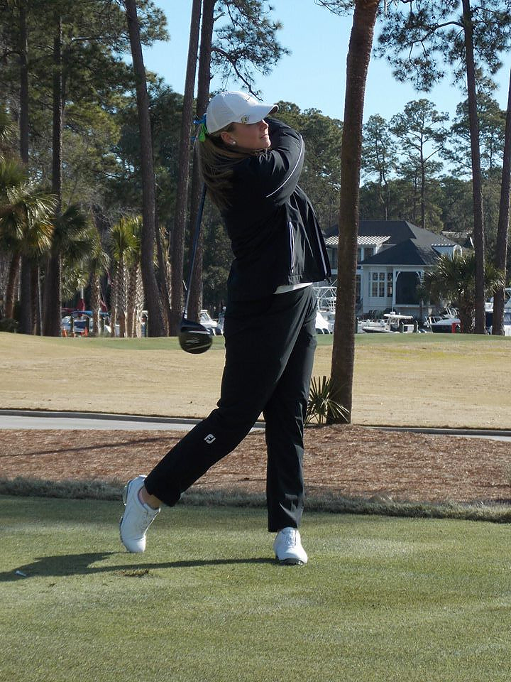 Kelly Whaley teeing off